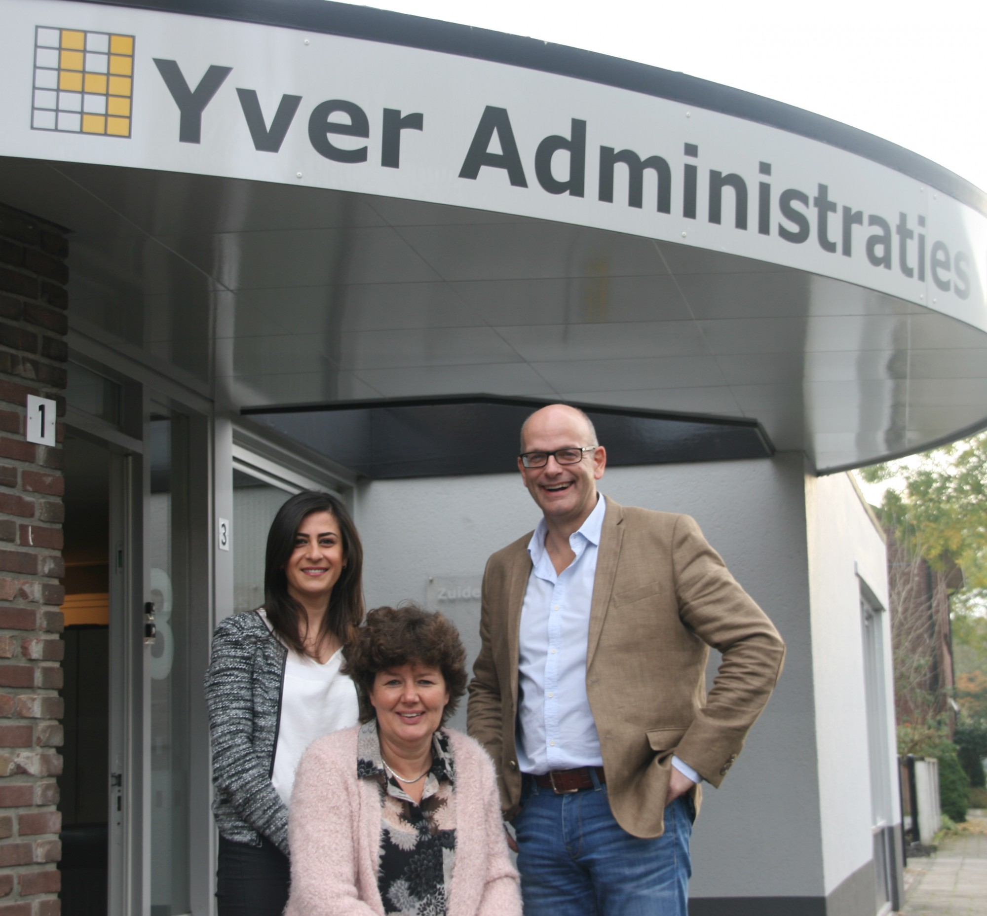 YVER administraties team